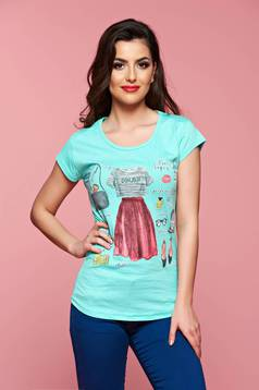 Casual mint t-shirt with print details