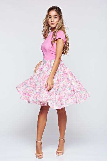 Cloche StarShinerS rosa occasional dress with floral details