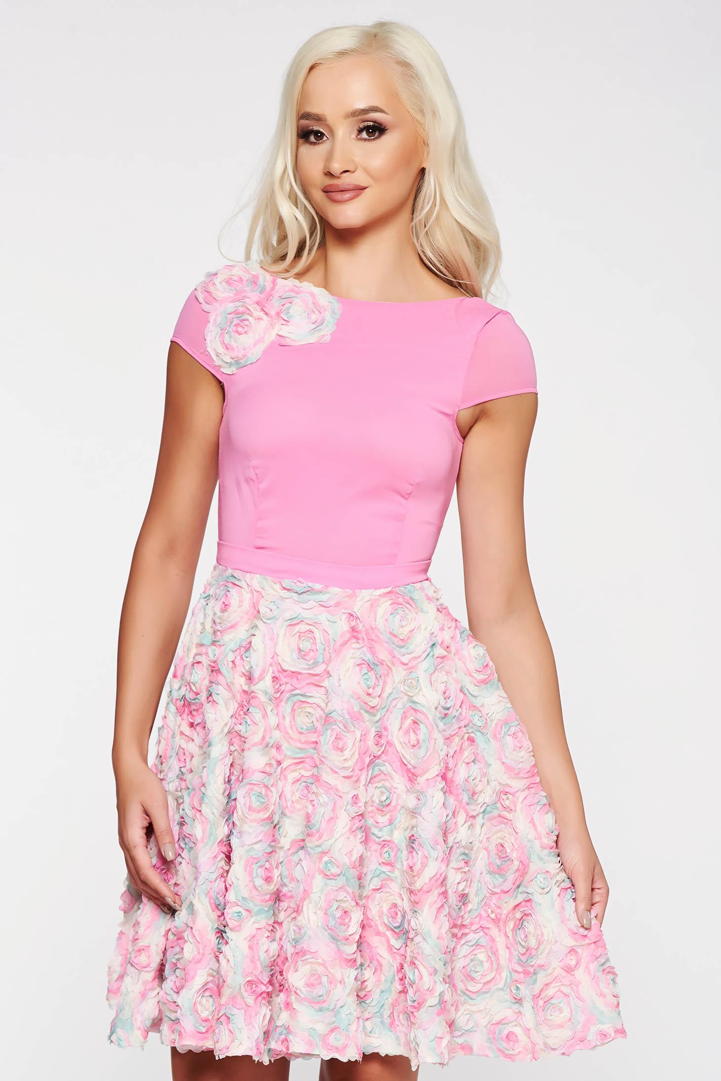 bd1387c3b8 Rózsaszínű StarShinerS alkalmi a-vonalú ruha virágos díszekkel