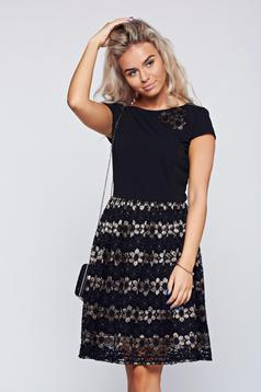 StarShinerS black laced dress with short sleeve