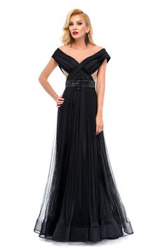 Ana Radu black occasional dress accessorized with belt