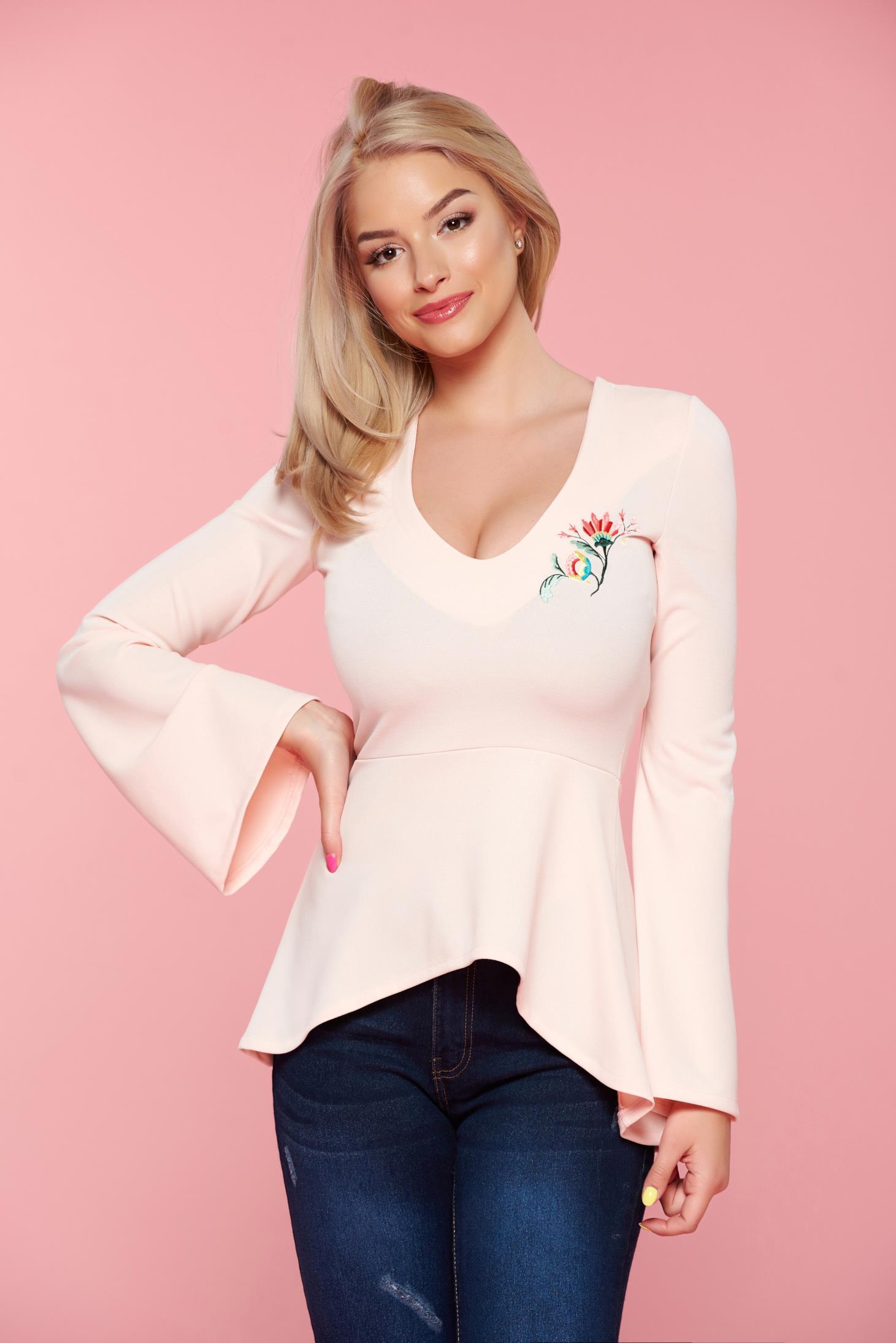 Bluza dama brodata cu decolteu StarShinerS rosa cu maneci clopot