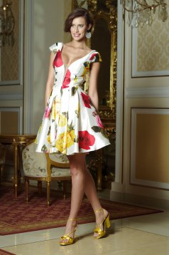 Artista white cloche dress with a cleavage and satin fabric texture