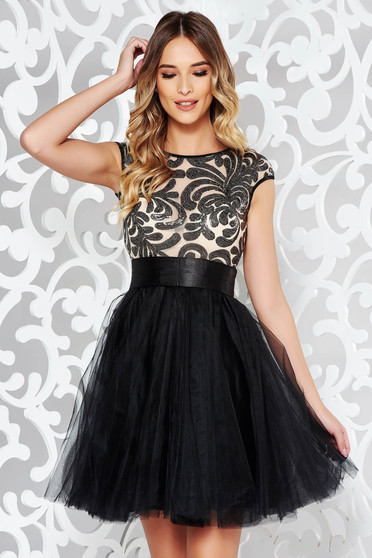 Fofy occasional black net cloche dress
