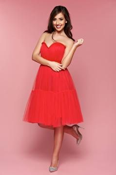 Ana Radu red occasional sleeveless dress accessorized with tied waistband