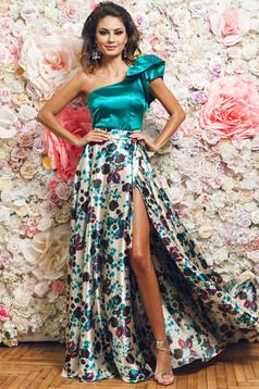 PrettyGirl cream elegant long skirt with satin fabric texture