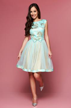 Fofy mint occasional cloche dress with cut back
