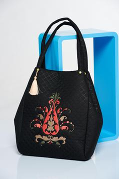 Black embroidered bag with a compartment with internal pockets