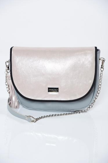Pink bag natural leather with a compartment with internal pockets