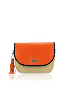 Orange natural leather bag with metalic accessory