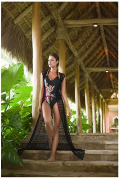 Cosita Linda black beach wear long dress with easy cut