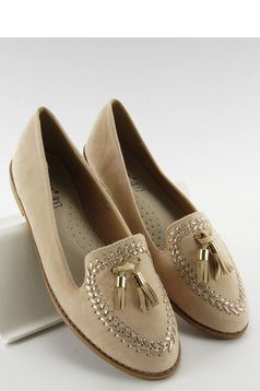 Cream low heel shoes with tassels
