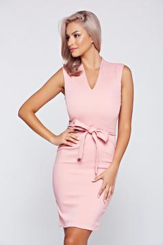 Top Secret rosa pencil dress with v-neckline