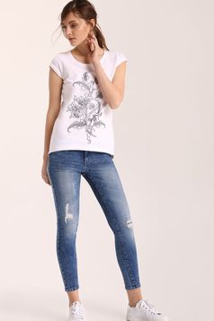 Top Secret casual white t-shirt with floral prints and short sleeve