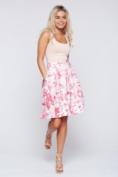 Top Secret white cloche skirt with floral print