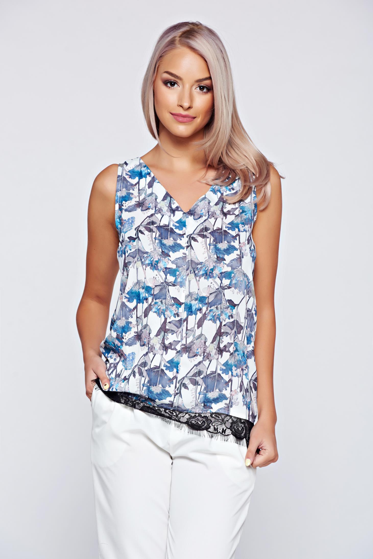 Bluza dama Top Secret alba cu croi larg cu imprimeu floral