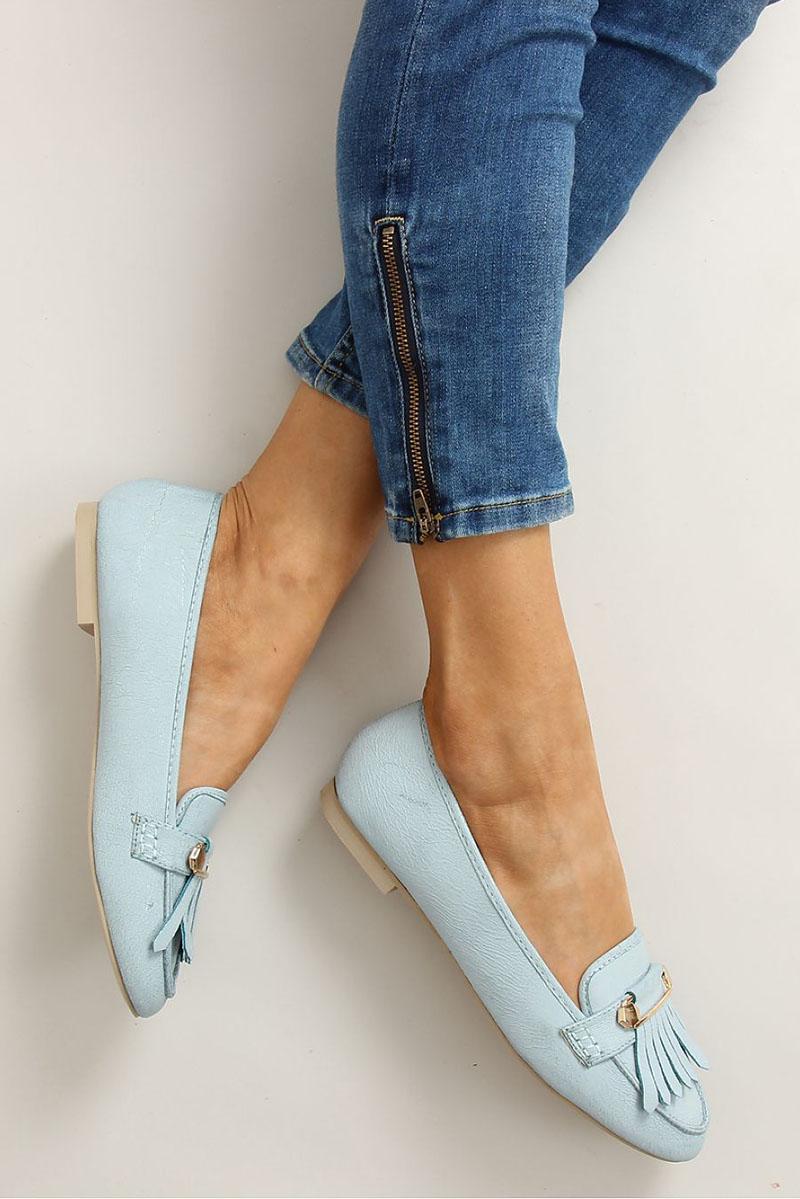 Pantofi cu accesoriu metalic albastru-deschis cu ciucuri
