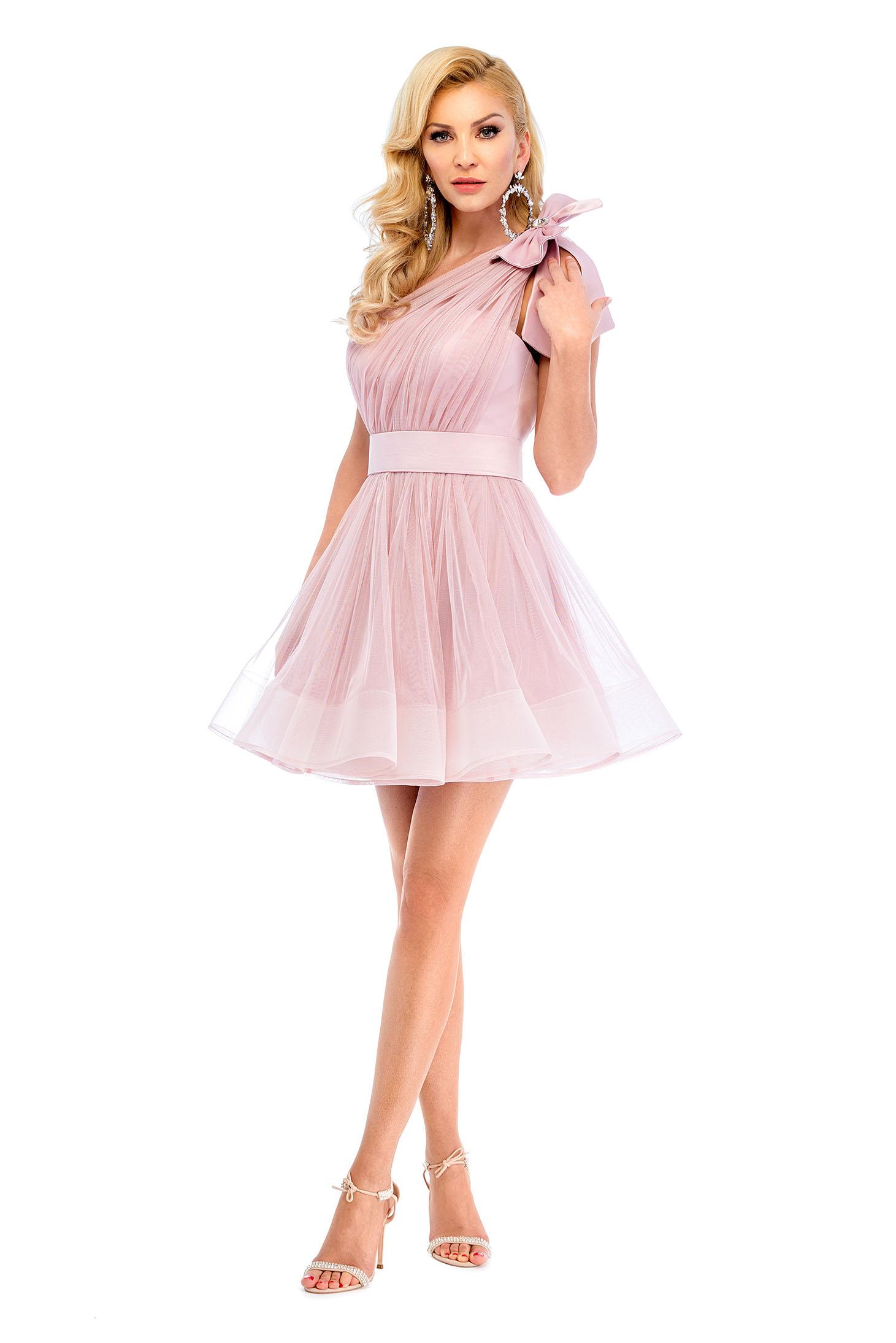 mai bine produse calde pantofi eleganti Rochie de ocazie pe umar Ana Radu rosa cu accesoriu in forma de ...
