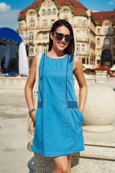 Top Secret lightblue casual sleeveless embroidered dress