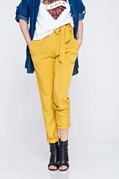 Yellow elastic waist trousers with pockets