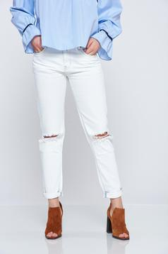 Easy cut casual lightblue jeans with pockets