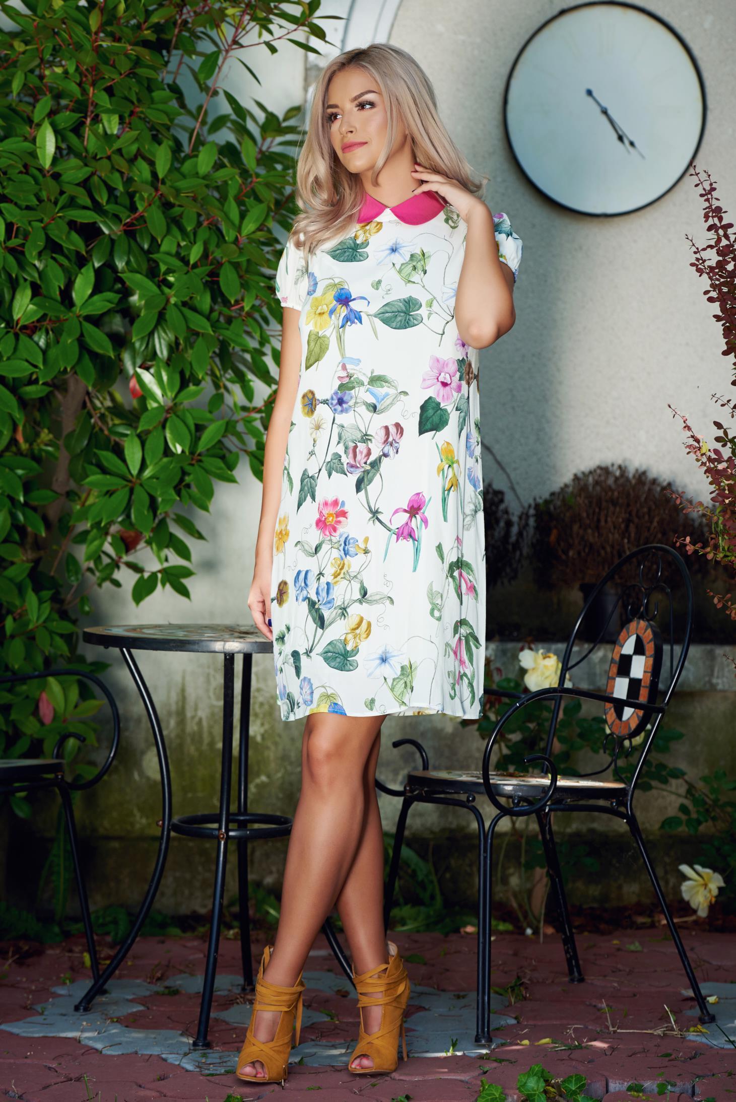 Rochie din voal cu guler rotunjit PrettyGirl alba cu imprimeuri florale
