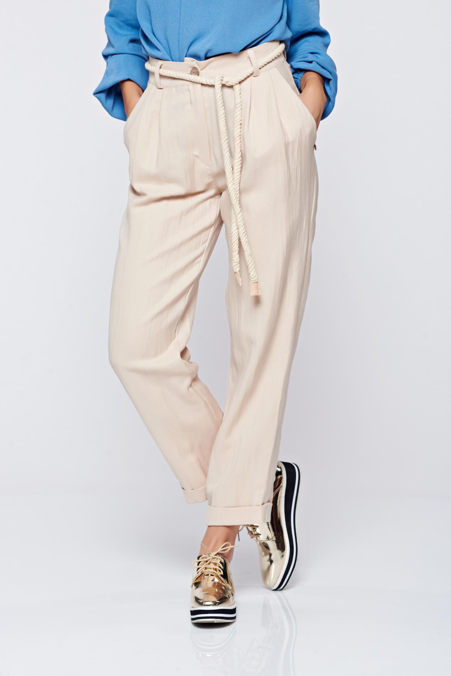 Pantaloni PrettyGirl crem cu croi larg cu buzunare accesorizat cu snur