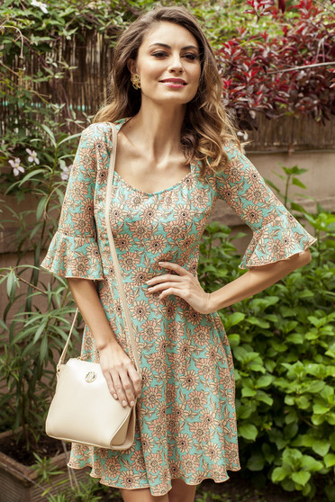 Cloche PrettyGirl mint dress with floral prints bell sleeve
