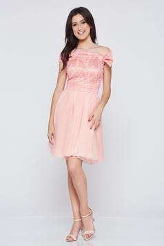 On the shoulders Fofy peach occasional net dress