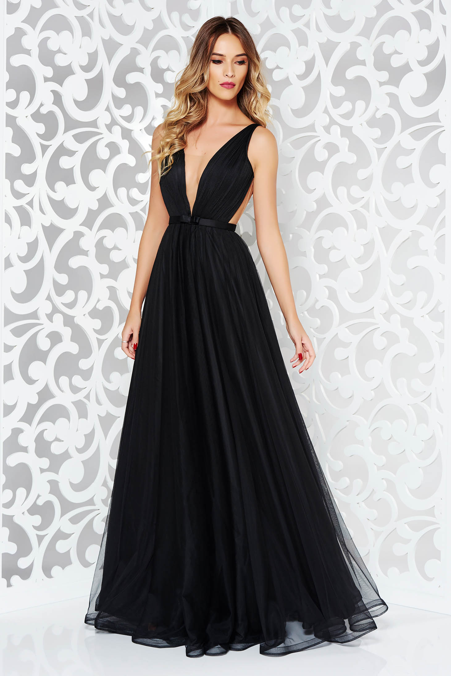 Ana Radu occasional net black dress with v-neckline bow accessory
