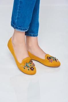 Yellow flat shoes with strass and low heel