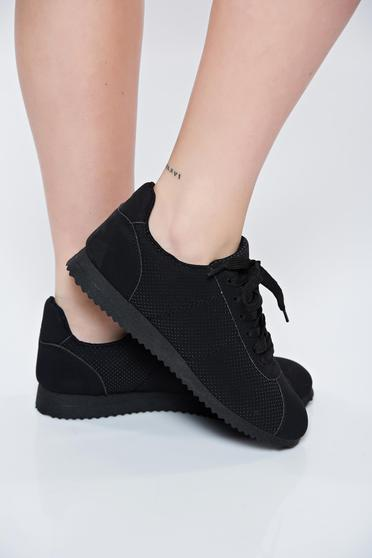 Black sneakers light sole with lace