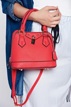Red casual bag a compartment with internal pockets