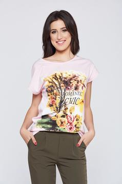 Flared rosa casual t-shirt with floral prints