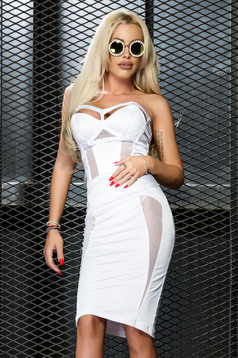 Ocassion white sleeveless dress with a cleavage