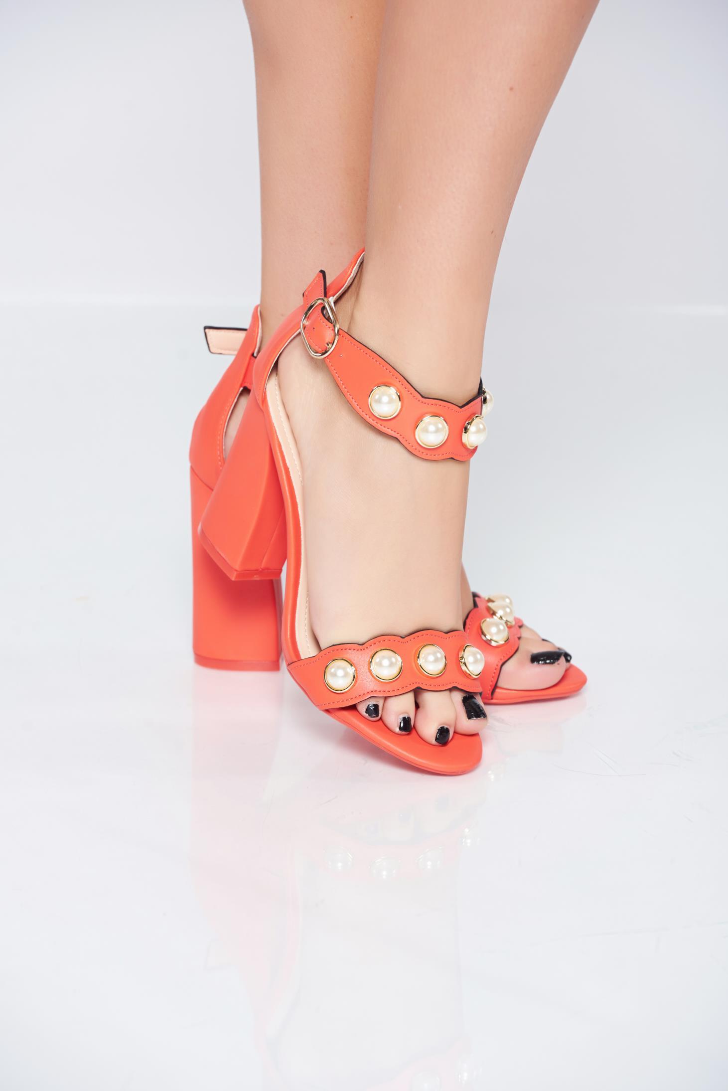 Sandale corai cu toc inalt din piele ecologica cu aplicatii cu perle