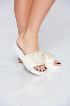 White light sole slippers with fluffy fabric