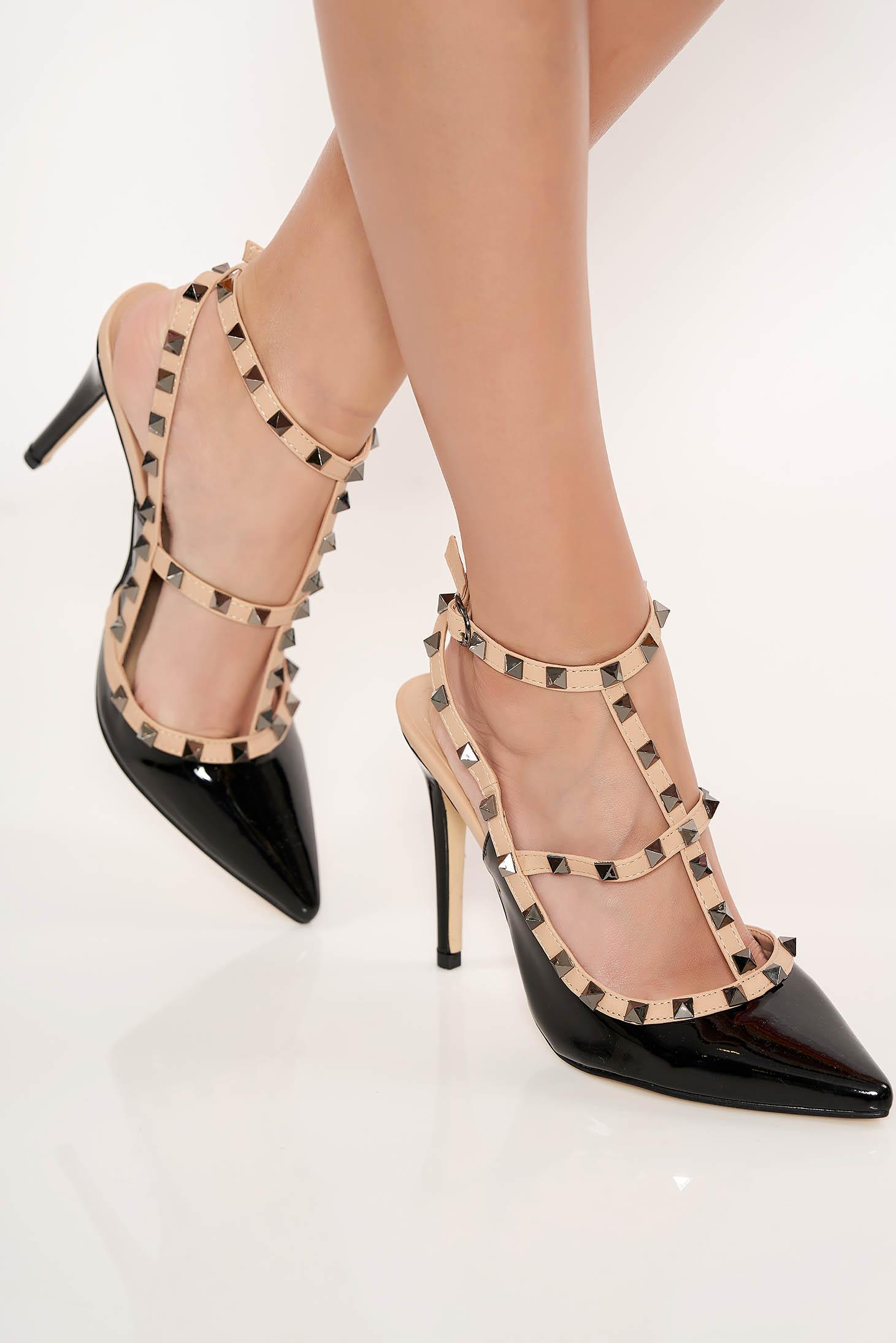 Pantofi stiletto negru cu toc inalt din piele ecologica lacuita cu tinte metalice