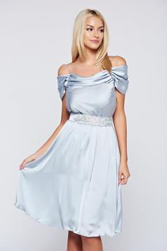 Occasional cloche LaDonna grey off shoulder dress