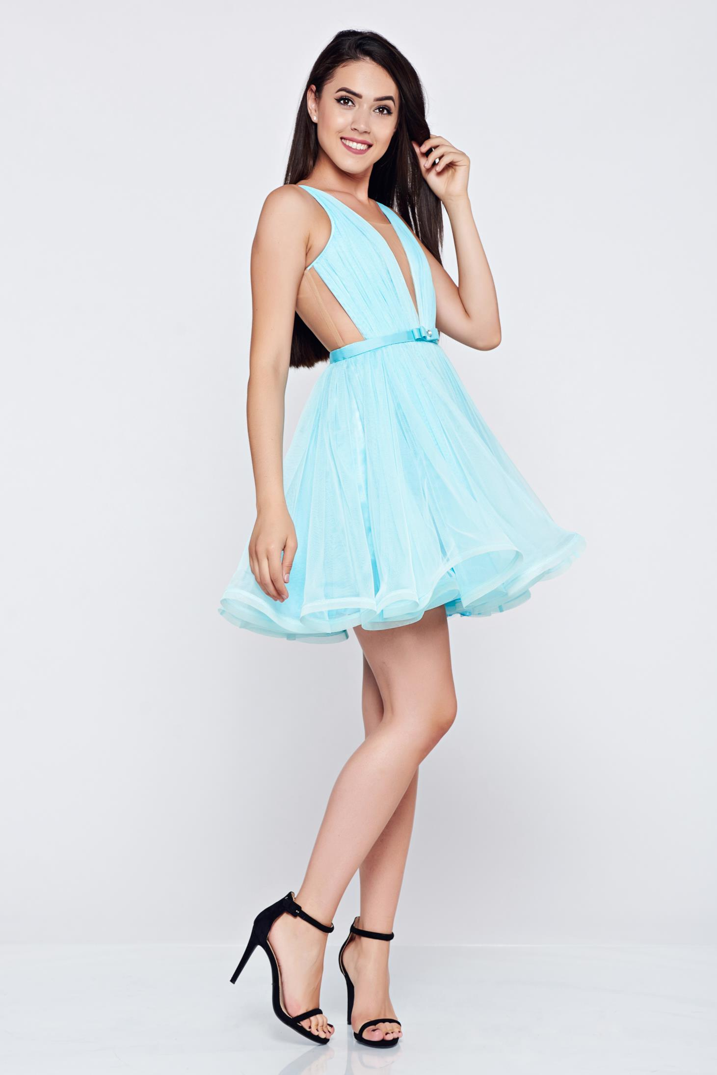 Ana Radu cloche lightblue luxurious dress with a cleavage from tulle with inside lining accessorized with tied waistband
