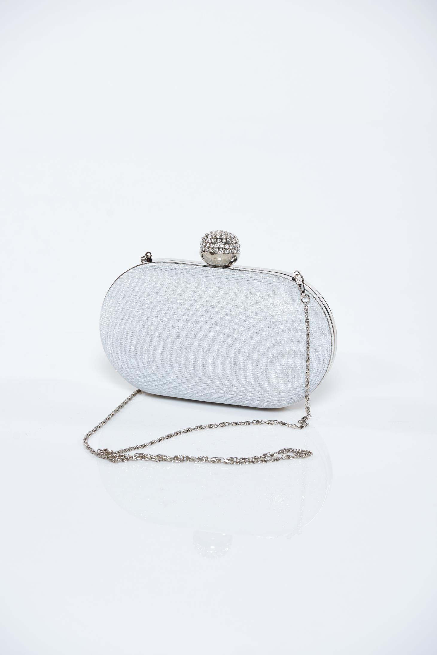 9e2b54db8b8e Ezüst táska fémes kiegészítő csillogó díszítések