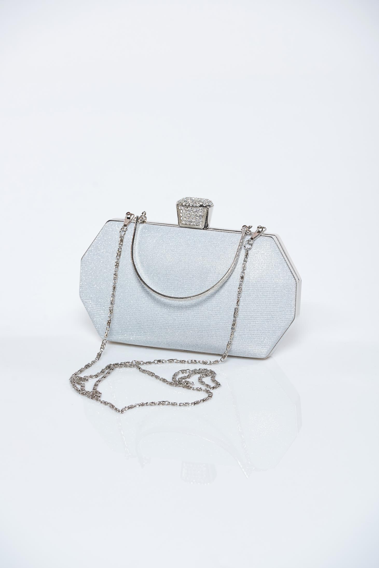 Ezüst alkalmi táska csillogó díszítésekkel 047f899b72