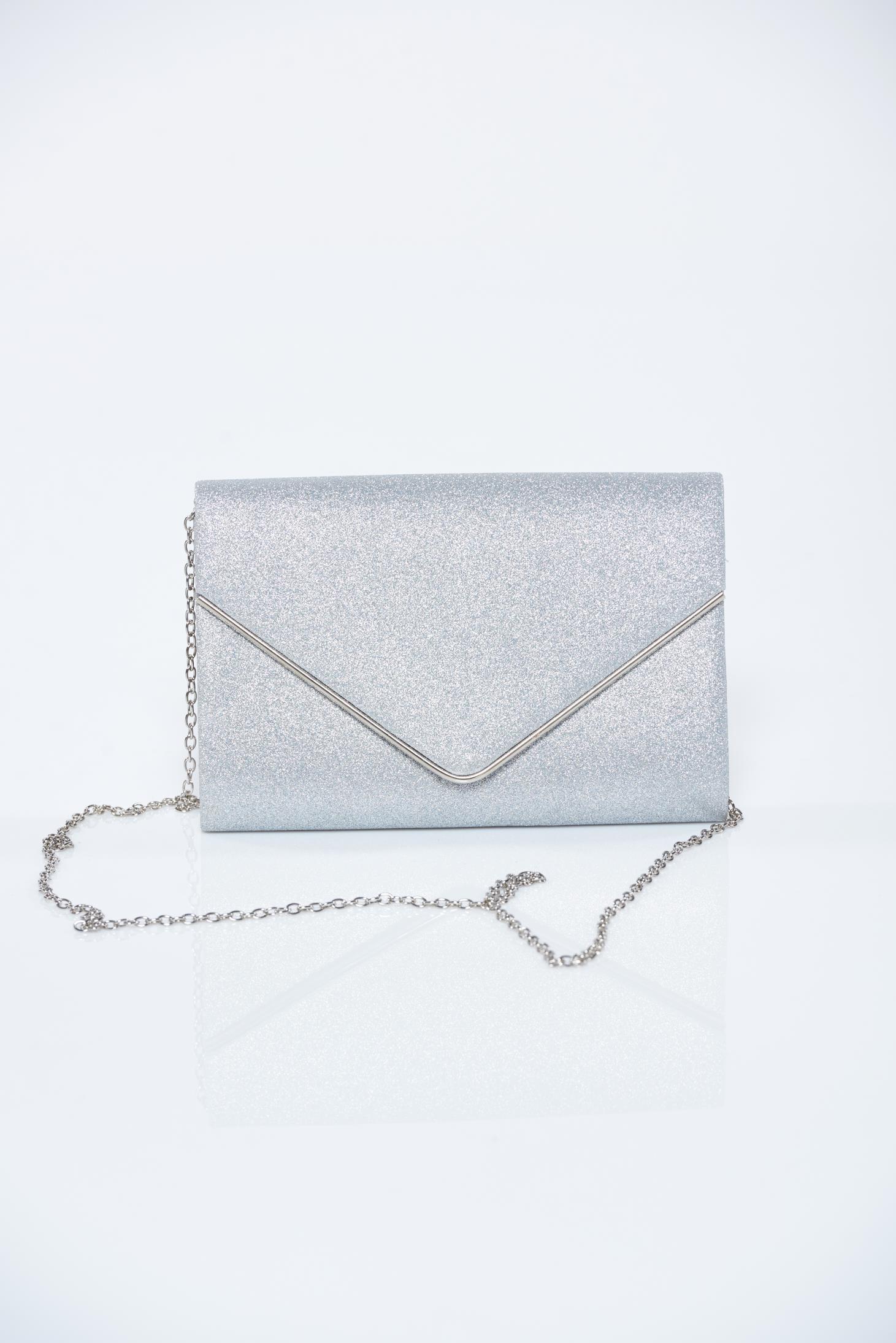 95d716f766f9 Ezüst táska csillogó díszítések