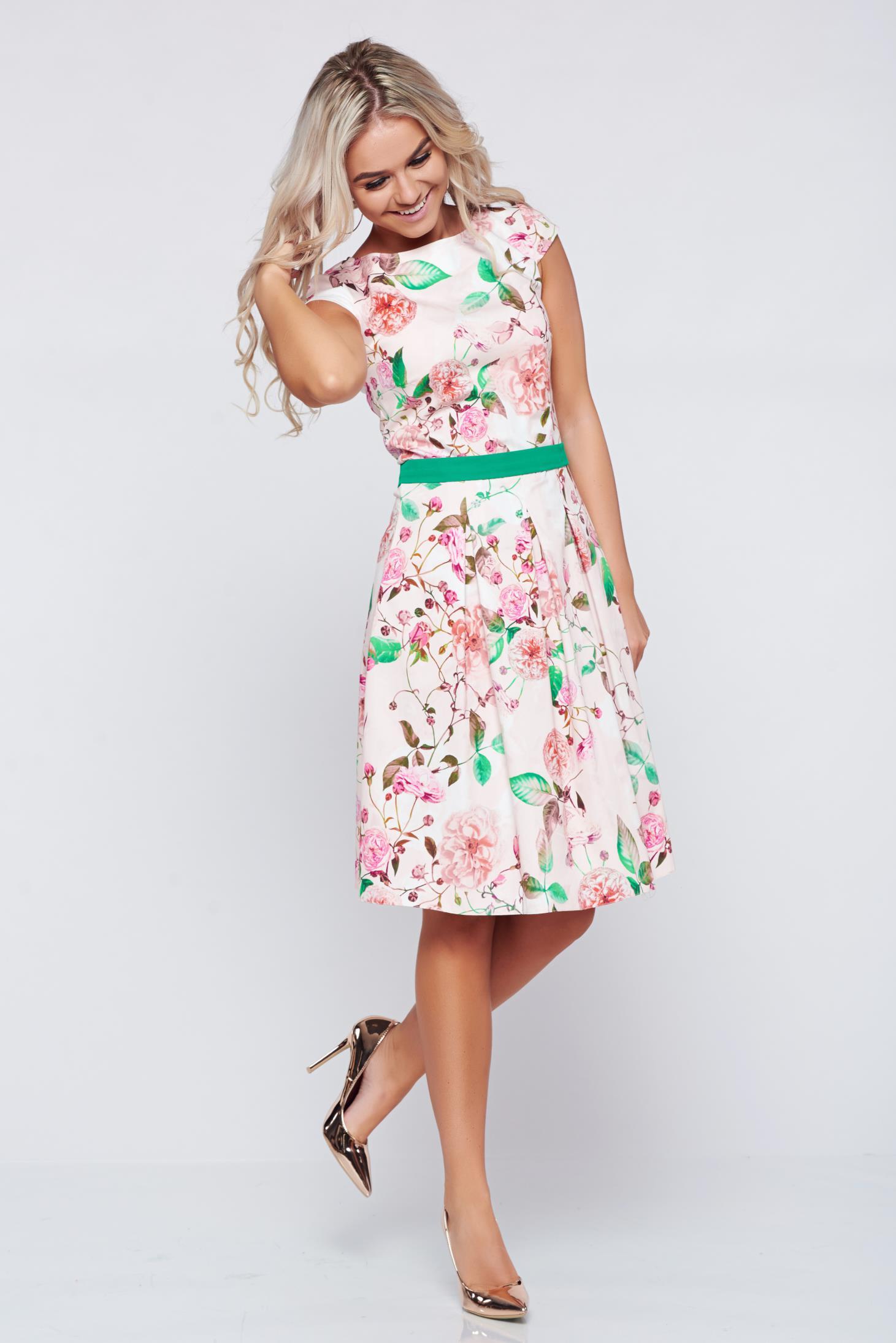 Rochie LaDonna piersica in clos din bumbac cu imprimeuri florale