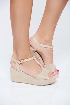 Cream casual sandals thin straps