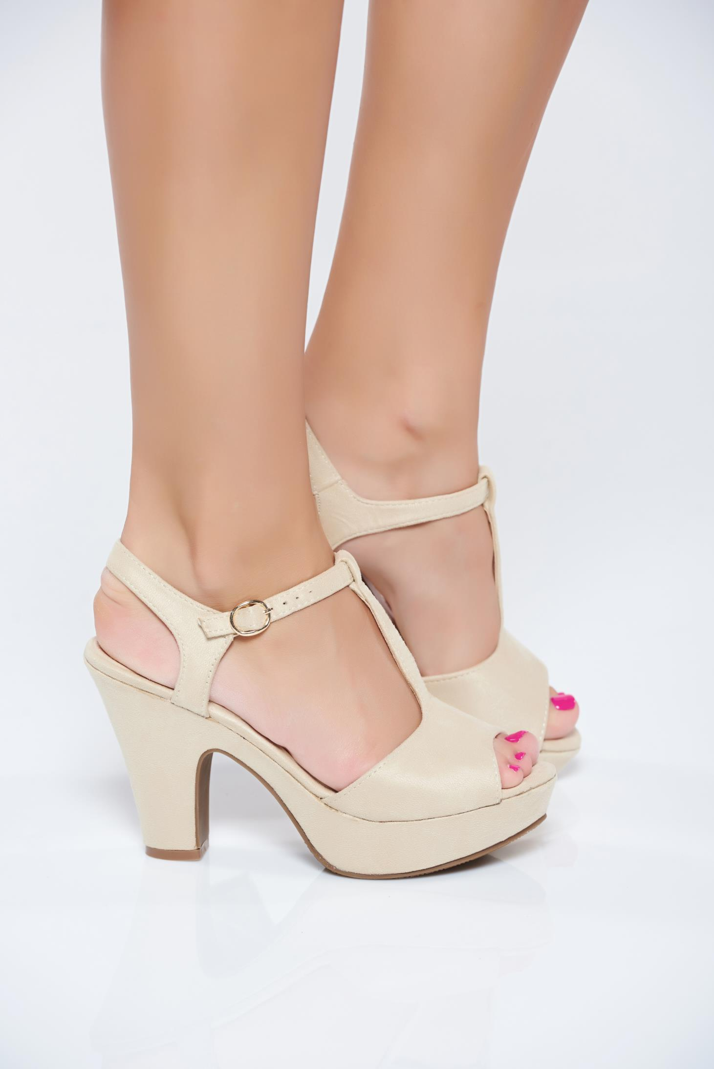 Cream heels high heels Cream Sandales thin straps 8e02cf