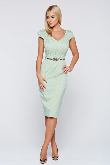 Fofy elegant green pencil dress accessorized with belt