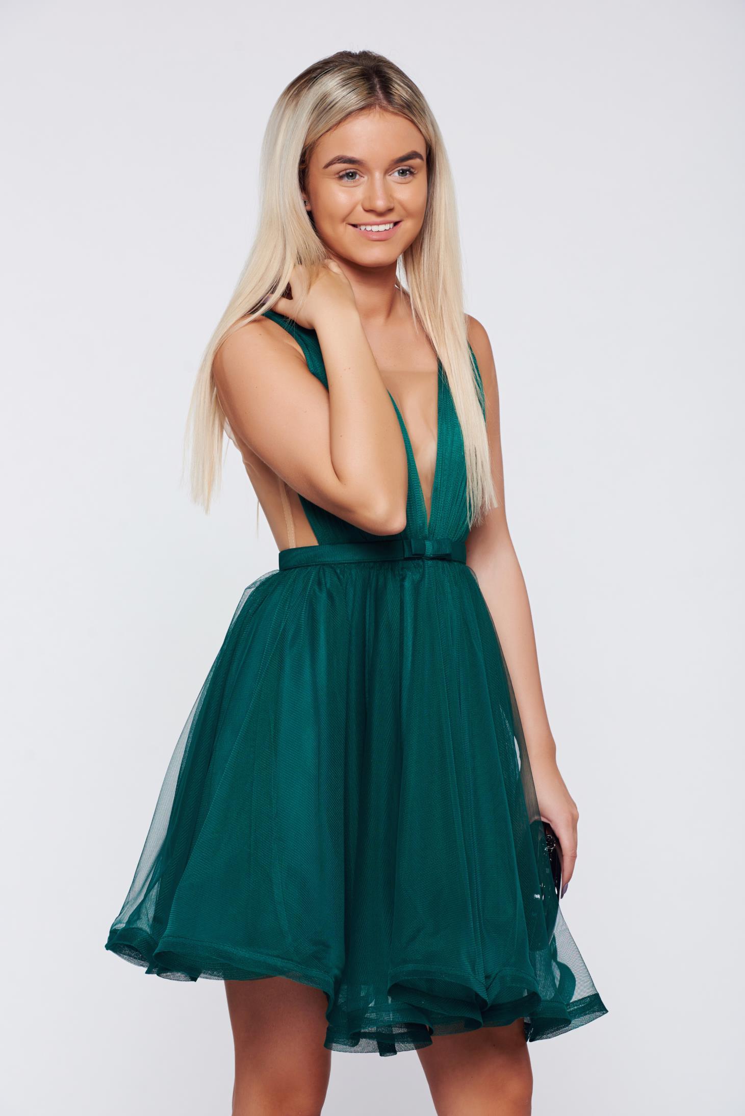 Rochie Ana Radu verde-inchis de lux in clos din tul cu decolteu