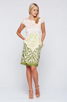 Fofy elegant green easy cut dress with pockets