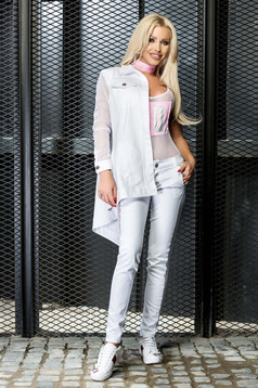 Ocassion white body casual print details